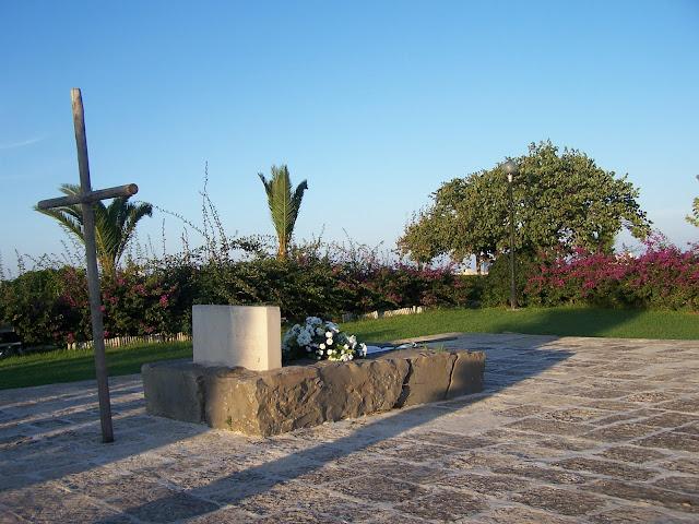 Martinego Burcu'nda Nikos Kazancakis'in mezarı; Heraklion