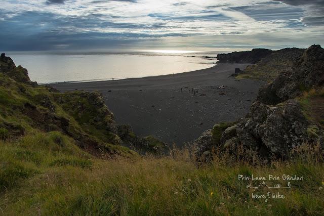 honeymoon-iceland-kirkjufell-snefellsjokull-black-sand-beach-18