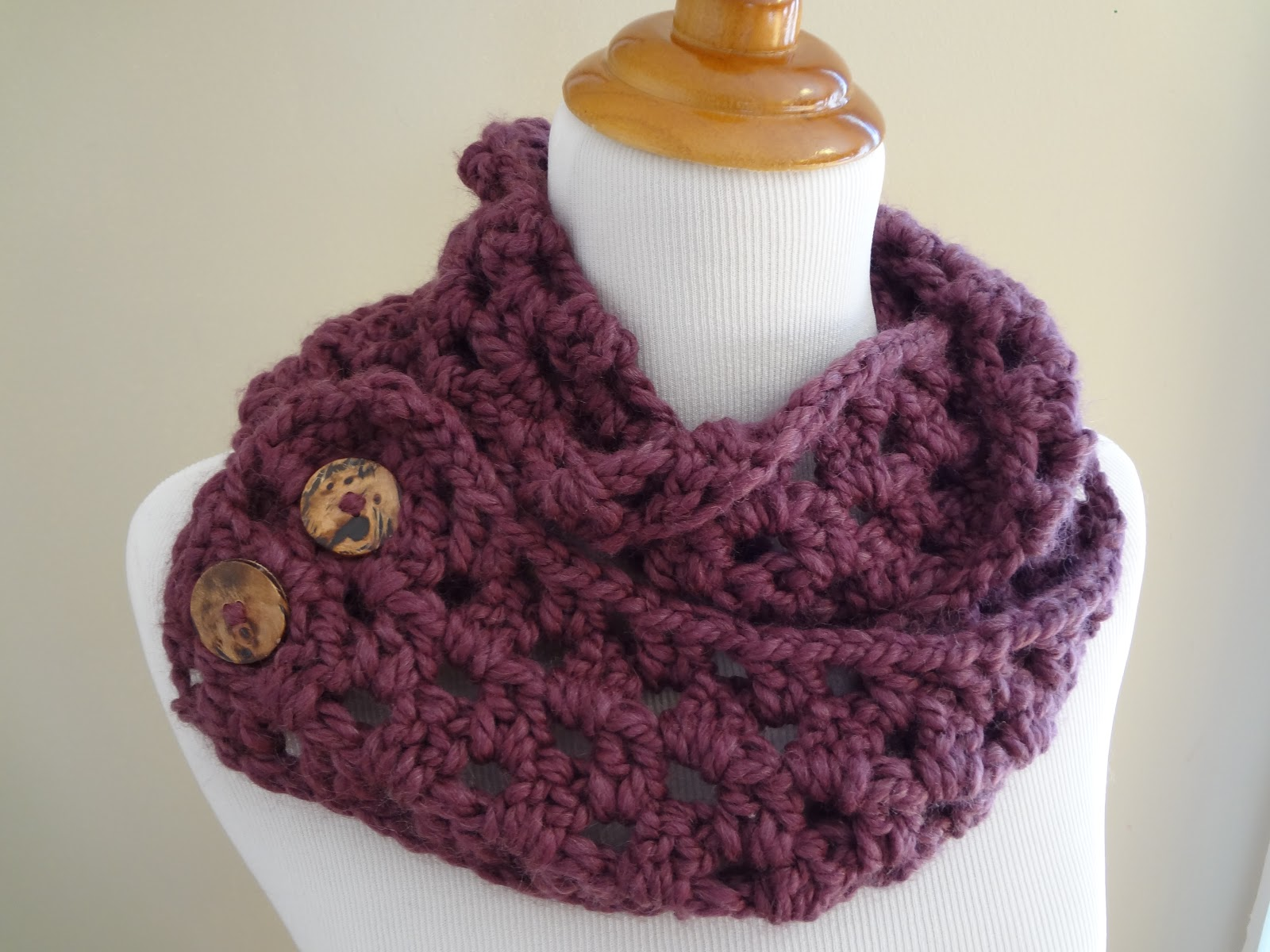 Scarf Patterns : Fiber Flux: Free Crochet Pattern...Fiona Button Scarf!