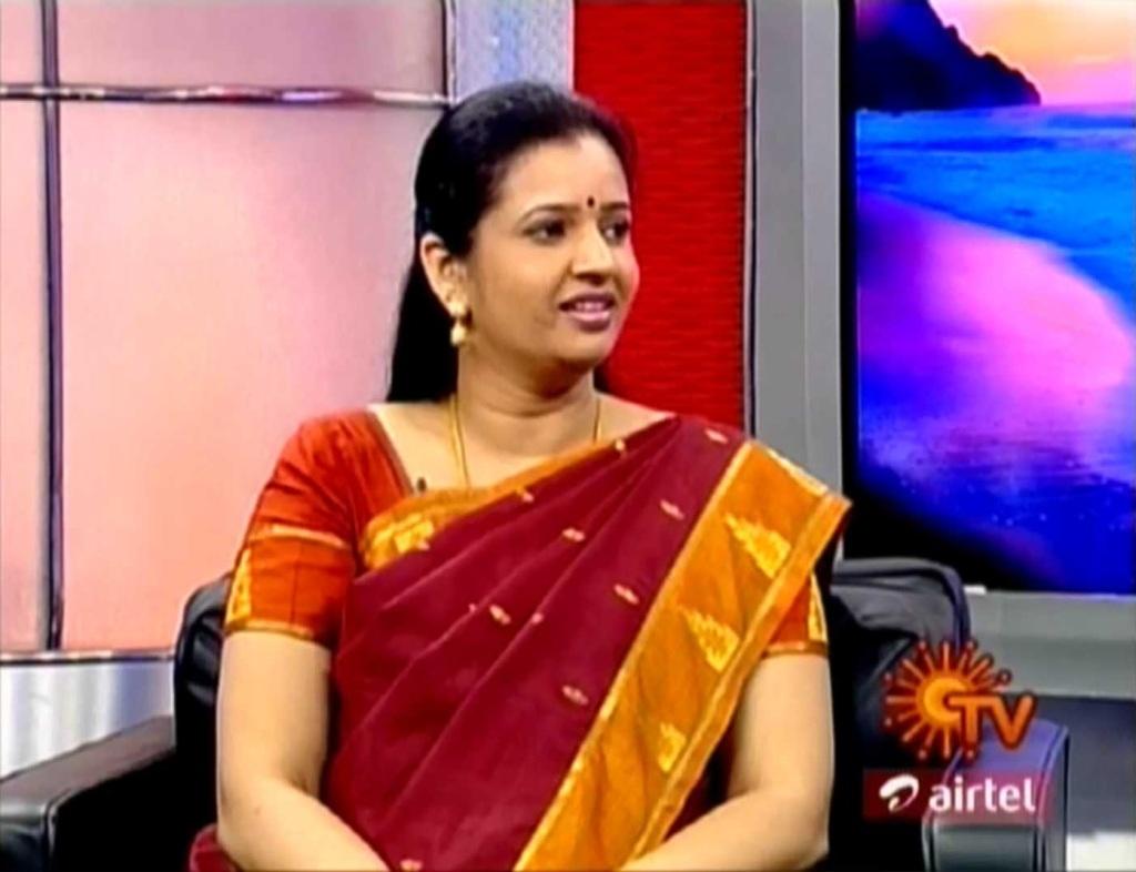 Sun tv anchor sujatha tamil news reader sujatha sun tv anchor sujatha tamil news reader sujatha online shopping in india for satellite tv dth manisat satellite tv dth information altavistaventures Choice Image