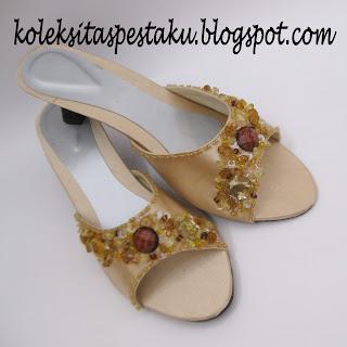 Terbaru Sandal Slop Sepatu Pesta Cream Harga Grosiran Cantik Elegant