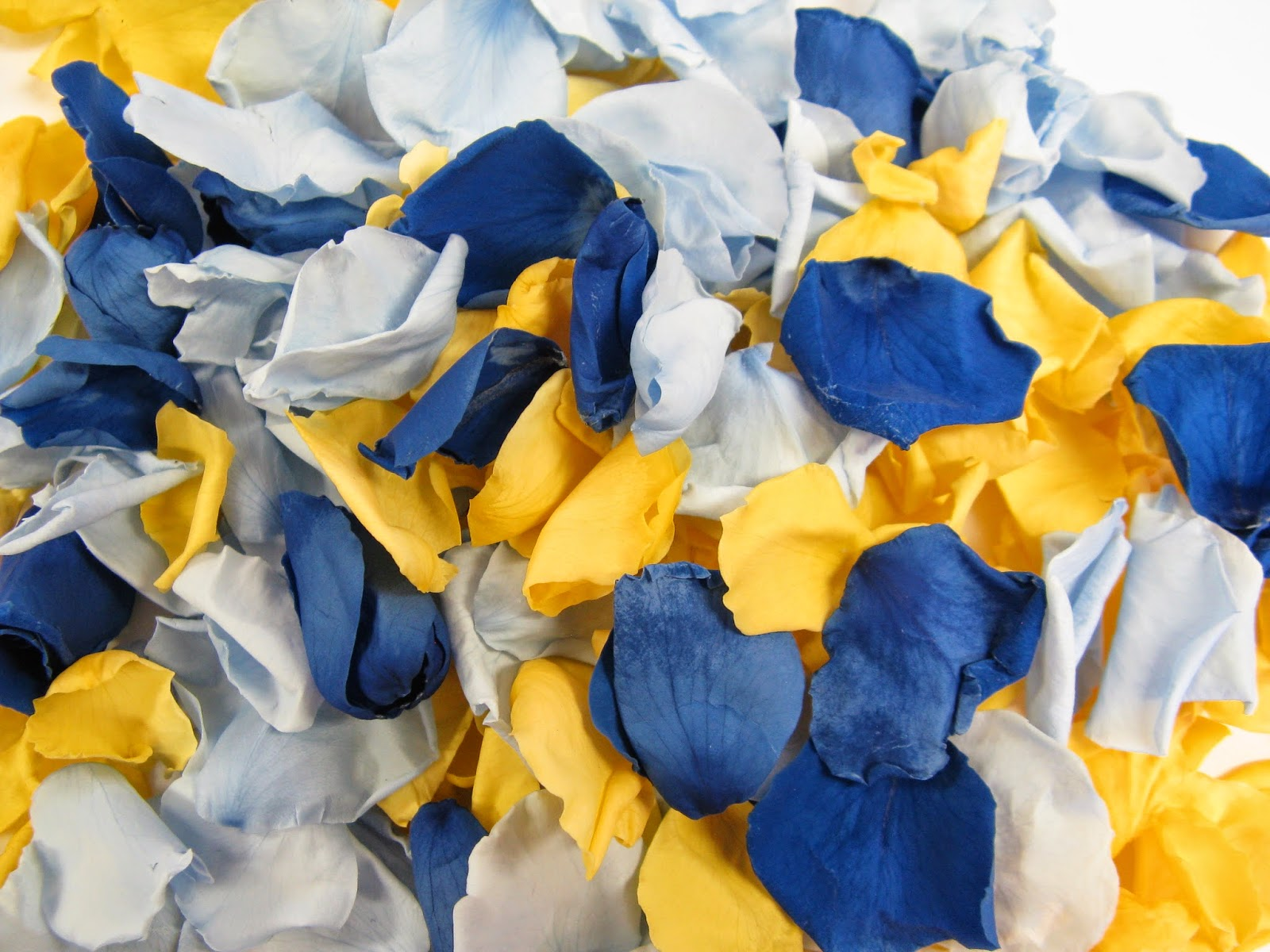 The Confetti Blog Yellow And Blue Wedding Ideas From The Real