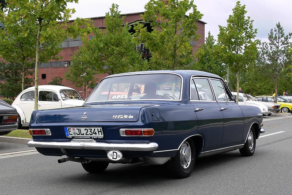 Opel-Rekord-A-a20166514.jpg