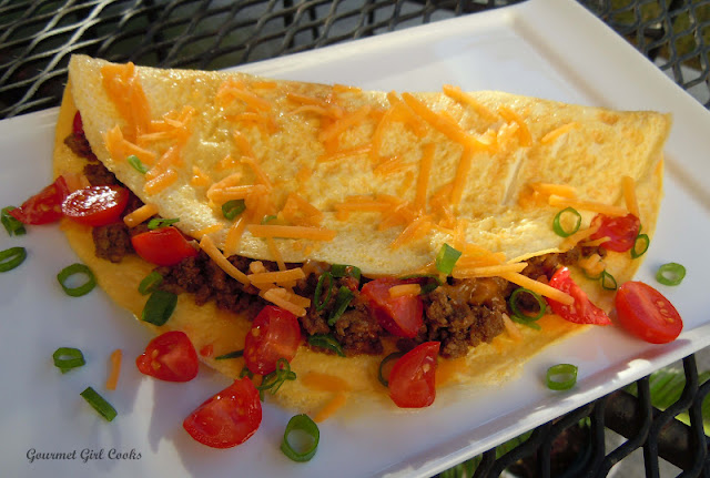 Gourmet Girl Cooks: Sunday Morning's Mexican Taco Omelet
