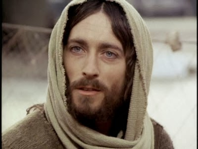 Jesus dos evangelhos x Jesus da religião