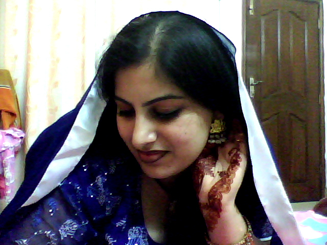 Girls hangama home made desi indian girl for Desi home pic