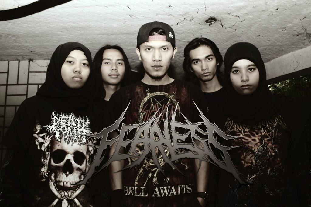 Fearless Band Death Metal with Female Vocal Cimahi Bandung Foto Personil Logo Wallpaper Kherin Mulyadini Erin Gandasasmita