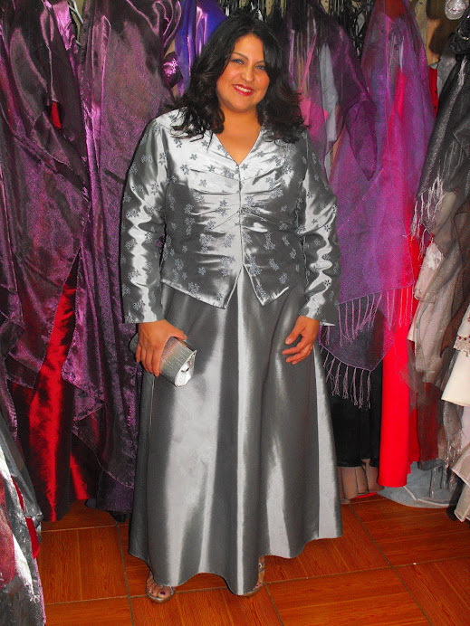 vestido rasso bordado color pistacho con mangas talla 48