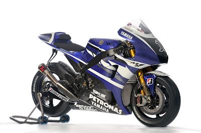 2011 Yamaha YZR-M1 MotoGP Photos