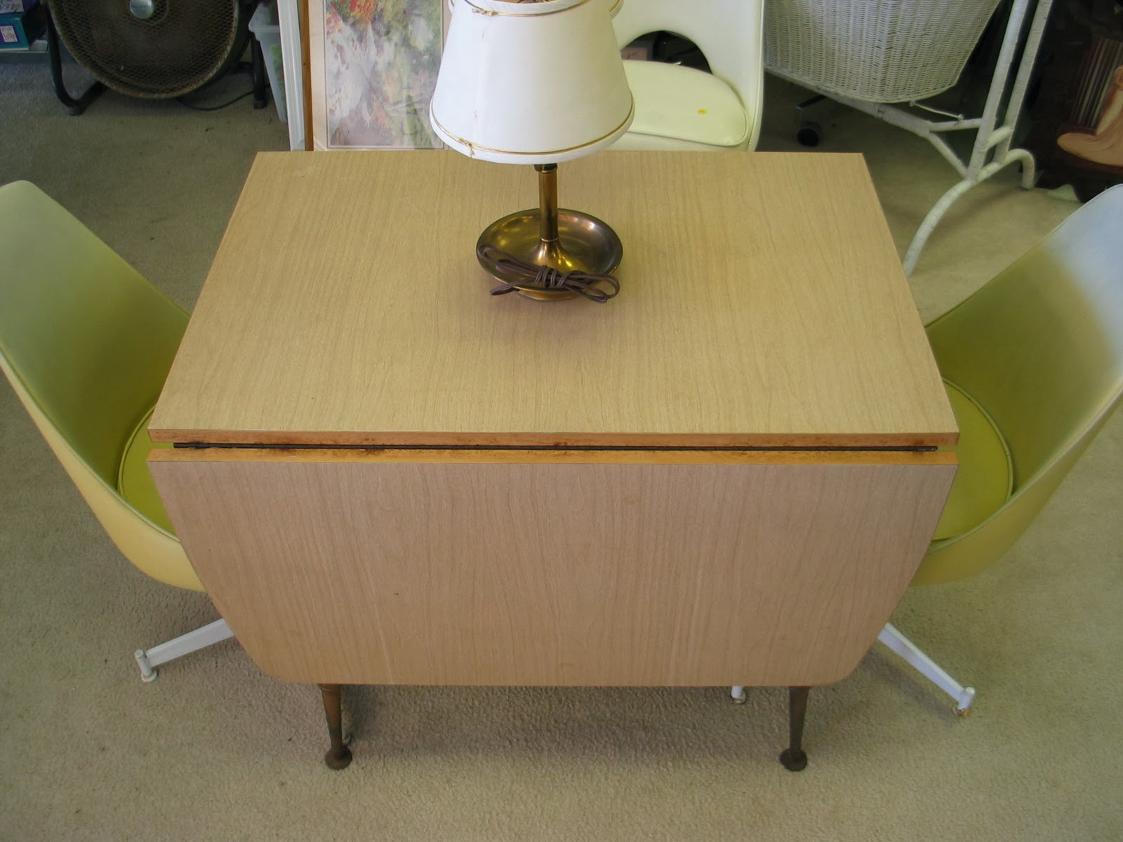 Dave\'s Mid Century Stuff: Howell Co. Dinette Table w/ Bronzite Legs ...