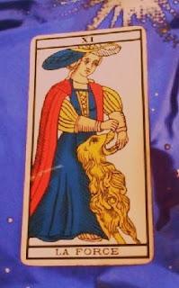 La Fuerza. Tarot de Marsella