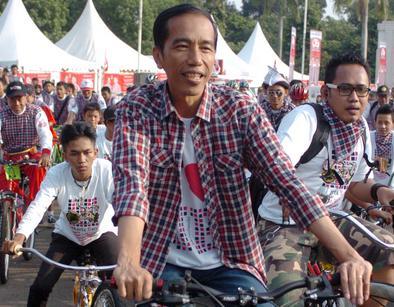 Jokowi Tagih Utang 13 Triliun