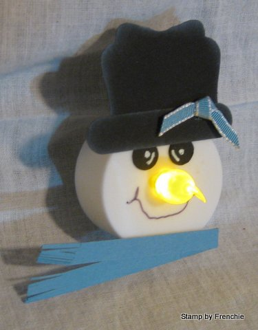 http://www.frenchiestamps.com/2012/11/tea-light-snowman.html