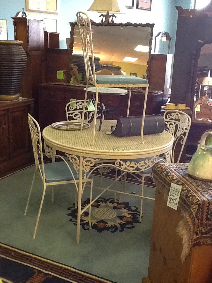 reused consignment furniture