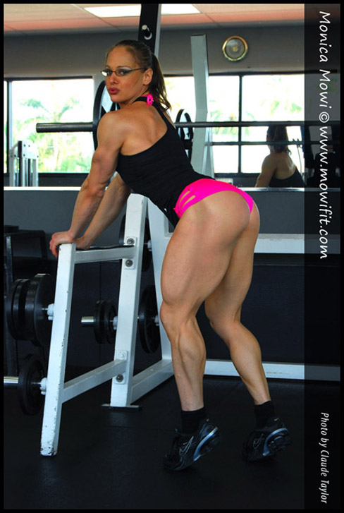 Monica Mowi Female Muscle Bodybuilding Blog Fitness Muscular Legs