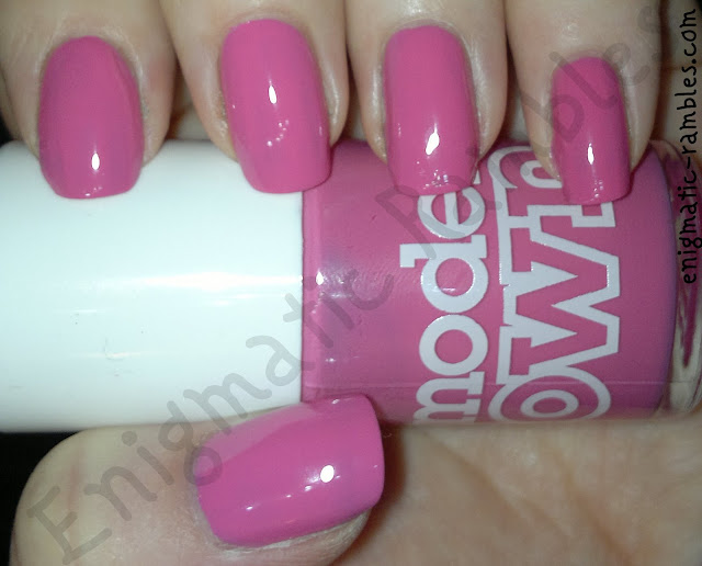 models-own-swatch-pink-blush
