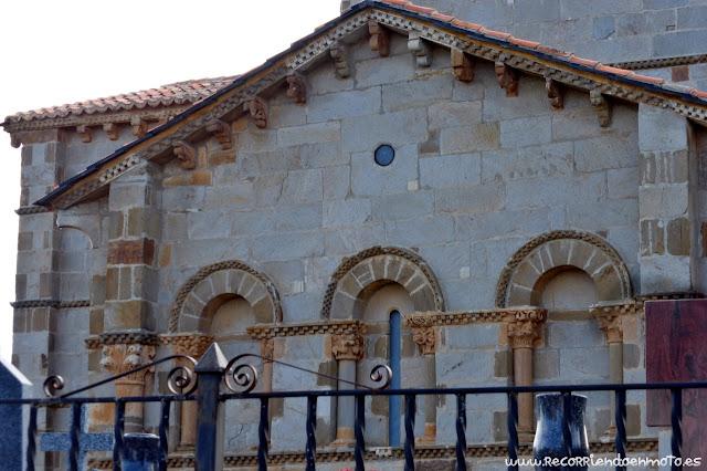 Fachada exterior Este de Sta Marta de Tera
