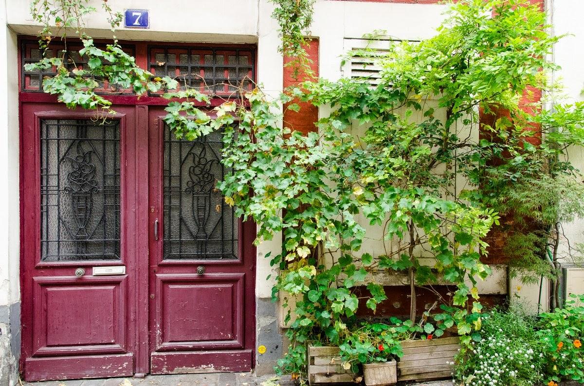 Paris - rue Ligner