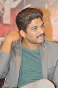 Allu Arjun latest stylish photos-thumbnail-9