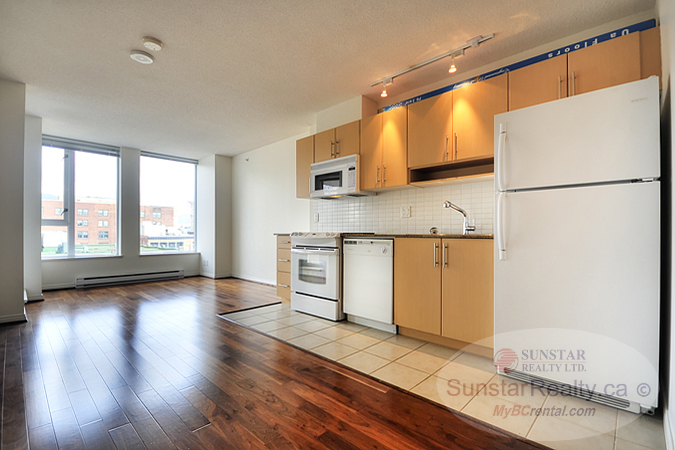 Vancouver condos houses for rent by sunstar realty ltd for Balcony concept