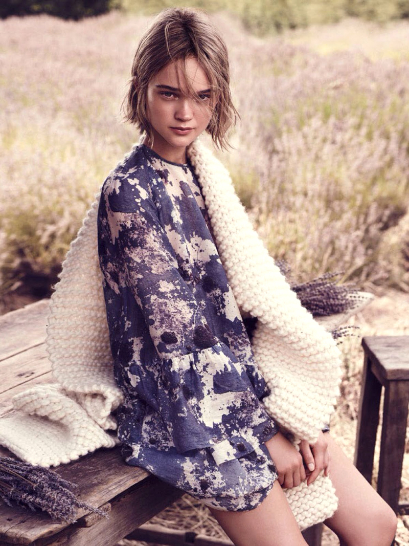 Rosie Tupper in Arist's muse / Marie Claire Australia May 2014 (photography: Nicole Bentley) via fashioned by love british fashion blog