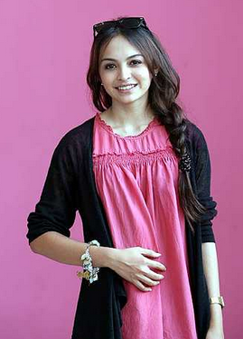 Biodata Profil Sara Ali