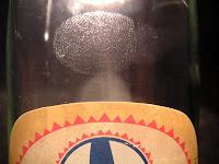 botella huellas revelado cianoacrilato