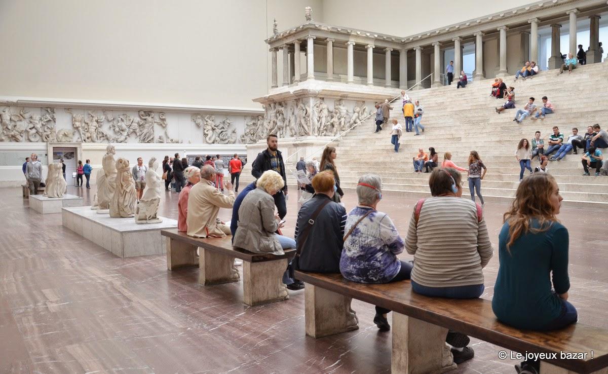 Berlin - Pergamon museum - autel de Pergame