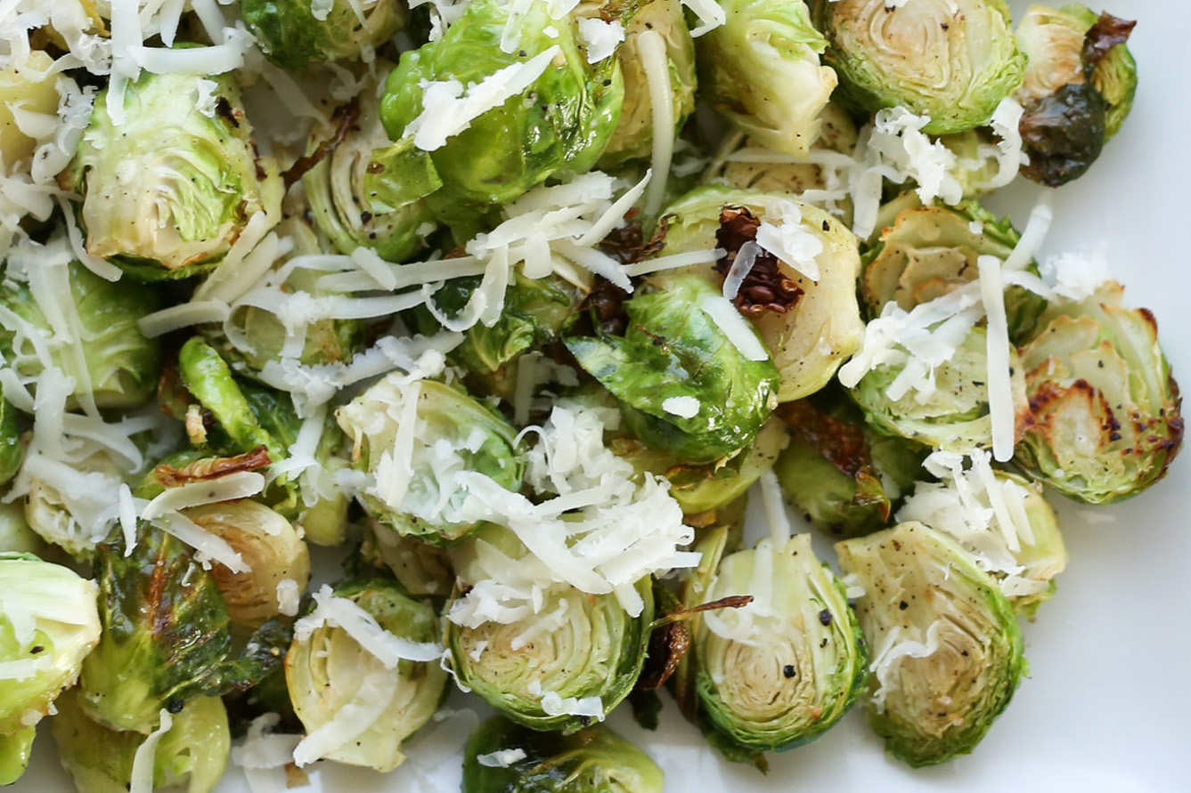 Crispy Roasted Brussels Sprouts - 5 Favorite Thanksgiving Side Dish recipes by Barefeet In The Kitchen
