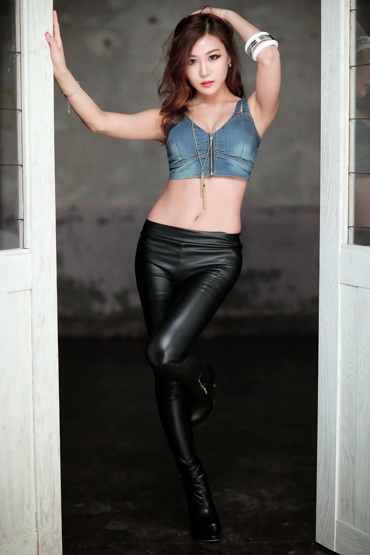 Yoon Chae Won - Sexy Beauty