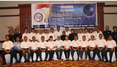 Photo Bersama peserta training examiner I