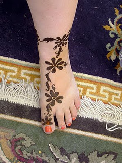 Hoipyr Simple Mehndi Designs For Feet