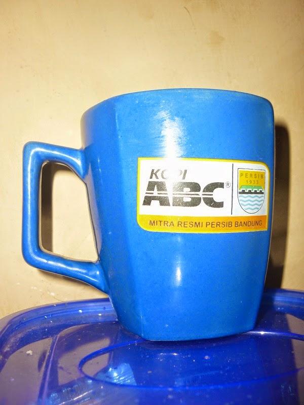 Gelas Bobotoh Persib dari Kopi ABC