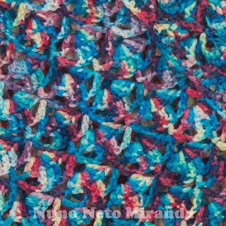 """alt=""""crochet shawl, hand dyed, food colorings, xaile em crochet, tingido com corantes naturais, rosários4 merino land"""""""