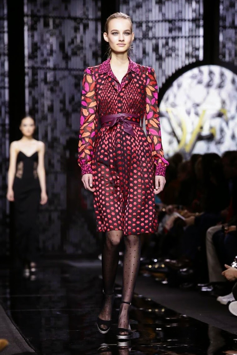 Diane Von Furstenberg AW15, Diane Von Furstenberg FW15, Diane Von Furstenberg Fall Winter 2015, Diane Von Furstenberg Autumn Winter 2015, Diane Von Furstenberg, du dessin aux podiums, dudessinauxpodiums, cosmopolitan, glam, glamorous, outfits, glamour shots, dress to impress, teen magazine, fashion magazine, glamor, fashion dresses, ladies clothes, robes de soiree, robe bustier, robe sexy, sexy dress, glamour model