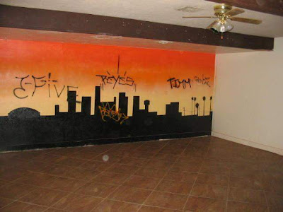 Graffiti Murals for Bedrooms City at Night