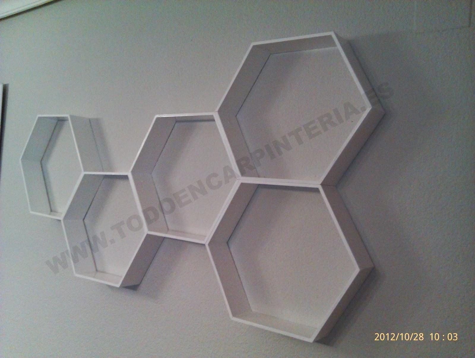 Elemento de decoración blanco.
