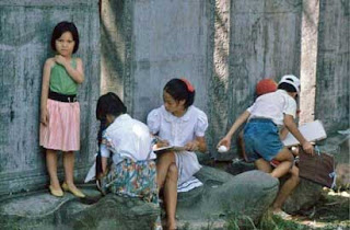 The Hanoi childhood in 1990