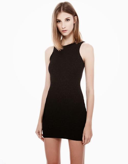 kolsuz düz kesim siyah gece elbisesi