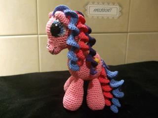 Pequeno Pony Amigurumi Patron : Amicrochet ????: Mi ultima creacion. Pequeno pony ...