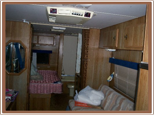 Inside A Travel Trailer >> Travel Trailer Renovation Remodeling A Travel Trailer