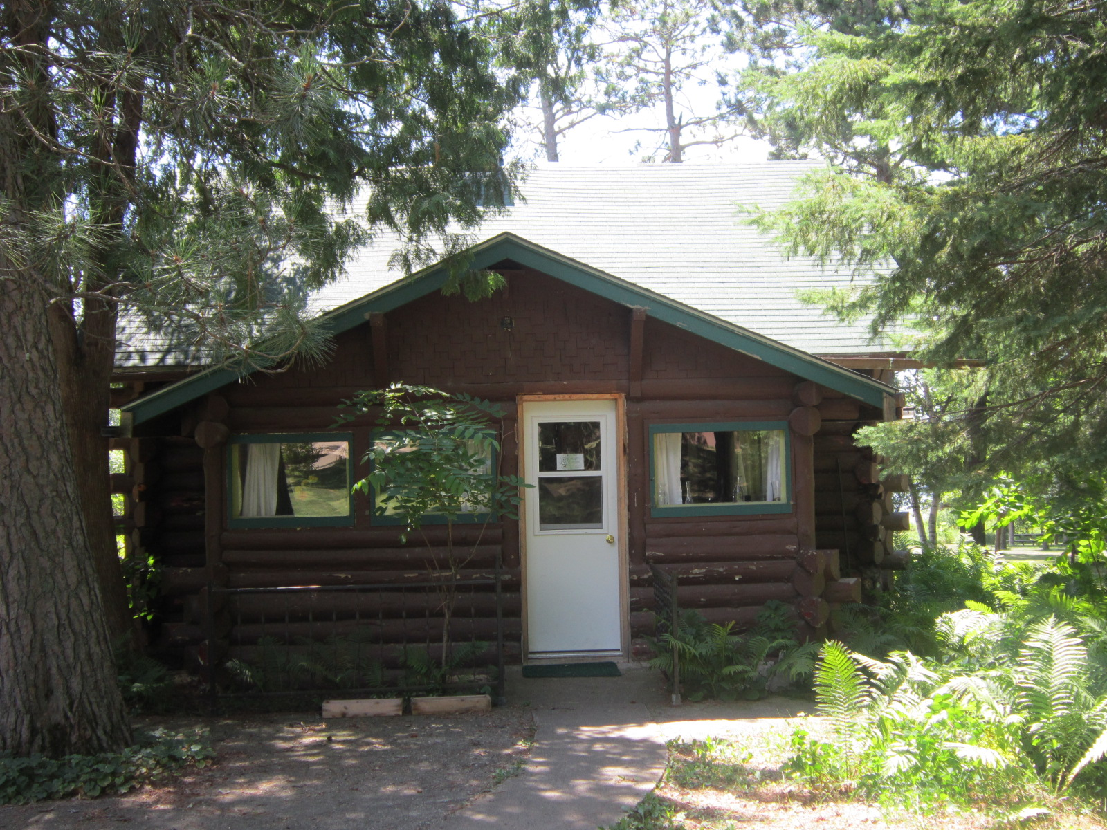 Farm By The Lake Cabin Rentals