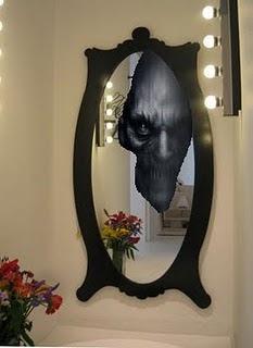 El diablo en el espejo El%2Bdiablo%2Ben%2Bel%2Bespejo