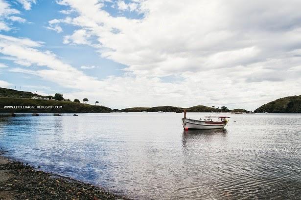 Foto barca pescador Portlligat