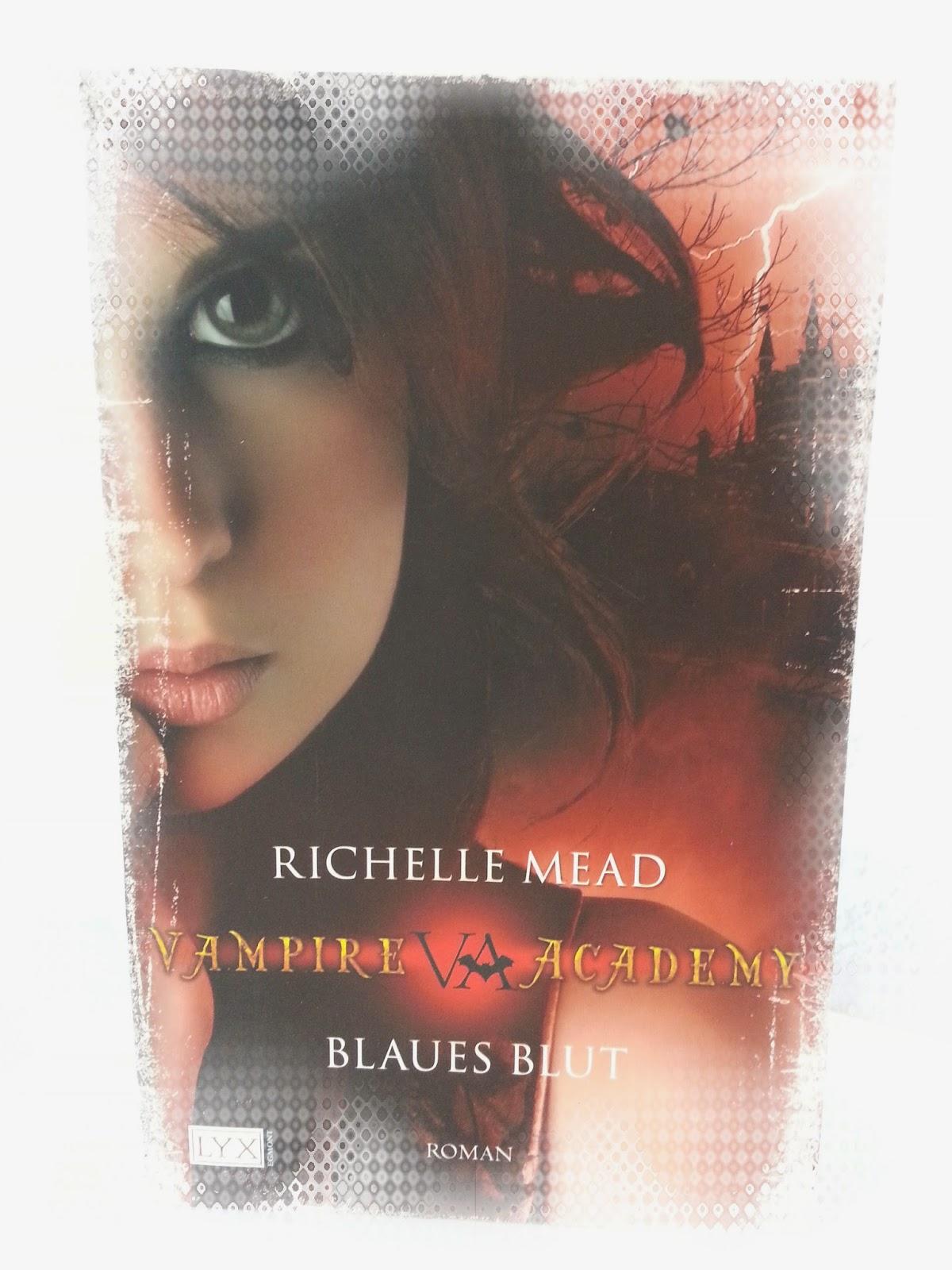 http://www.amazon.de/Vampire-Academy-Blaues-Richelle-Mead/dp/3802582020/ref=sr_1_2_bnp_1_har?s=books&ie=UTF8&qid=1399922792&sr=1-2&keywords=vampire+academy