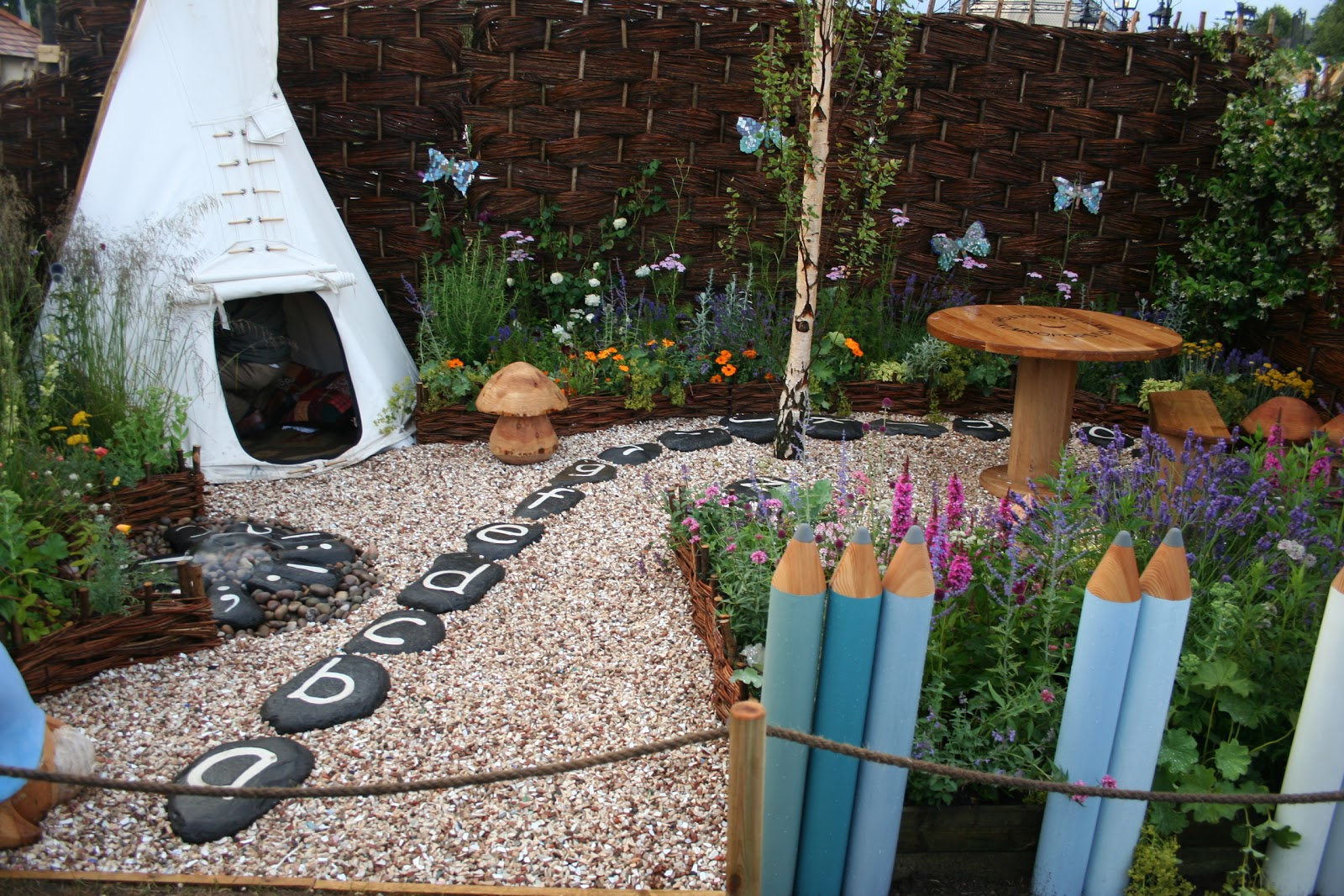 Out2play in the garden opportunity to design a garden for for Child friendly garden designs