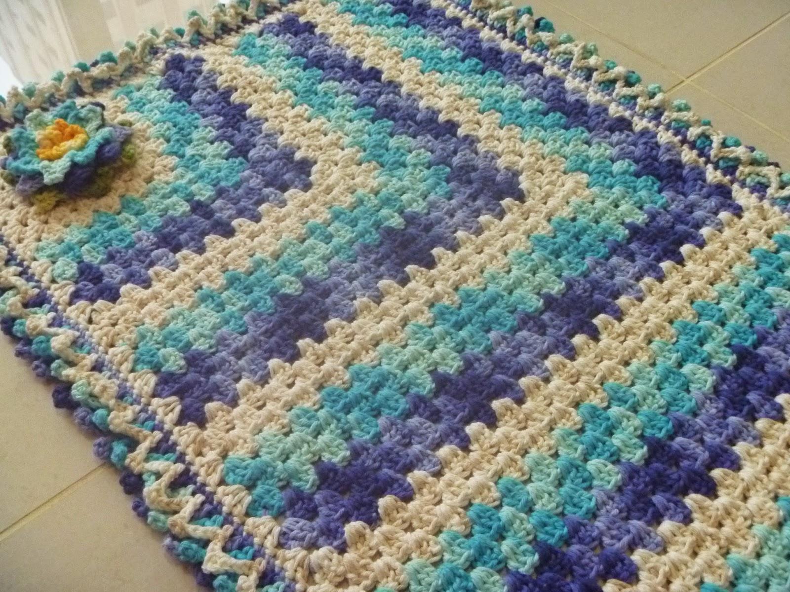 Cristina luriko tapetes e caminho de mesa de croche fio for Tapete mesa