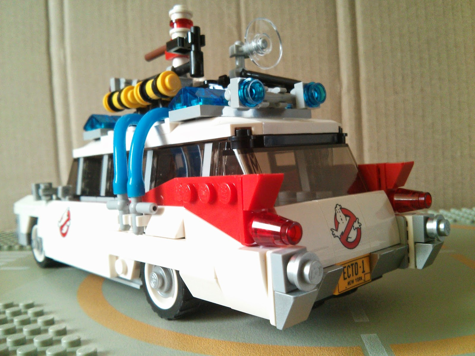 a shot of the back of the Lego Ecto-1