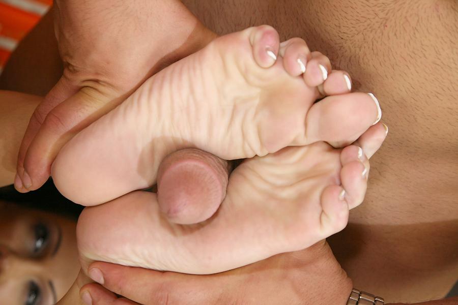 foot slut regina moon