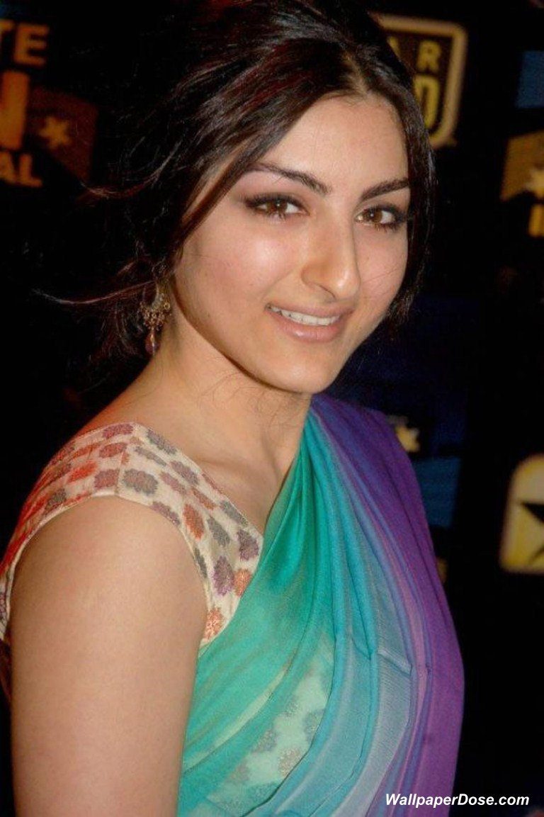Soha Ali Khan Hot Wallpapers Maza Hi Maza